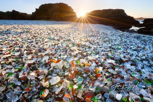 Glass Beach, hình ảnh từ Google